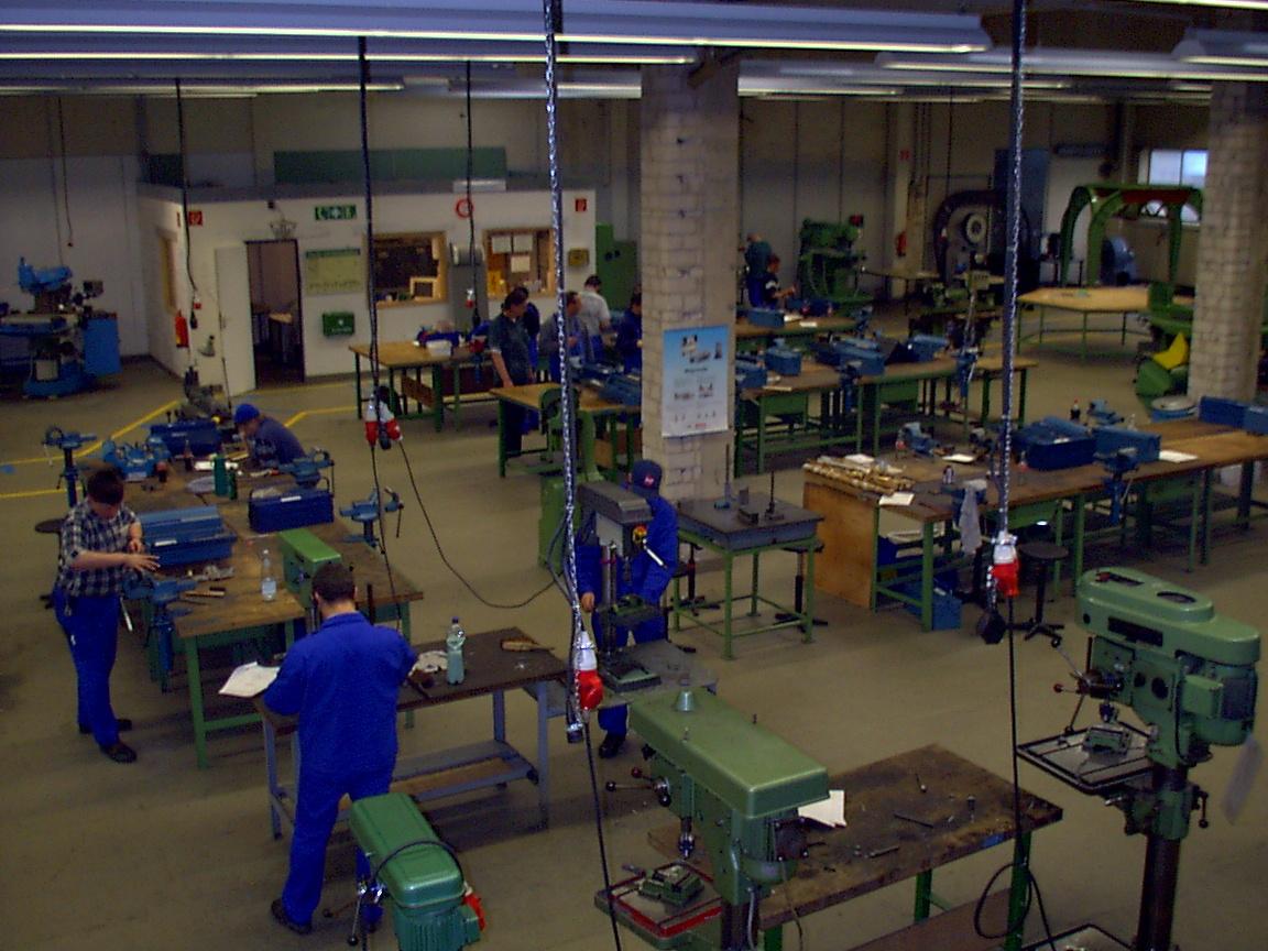 Klärung: Industriemeister und das neue Berufsbildungsgesetz – Es gibt keine automatische Anerkennung – Wie lassen sich die Bildungsangebote jetzt bewerten?